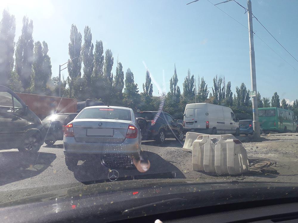 Пробки из Ирпеня в Киев