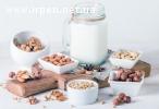 Натуральне рослинне молоко