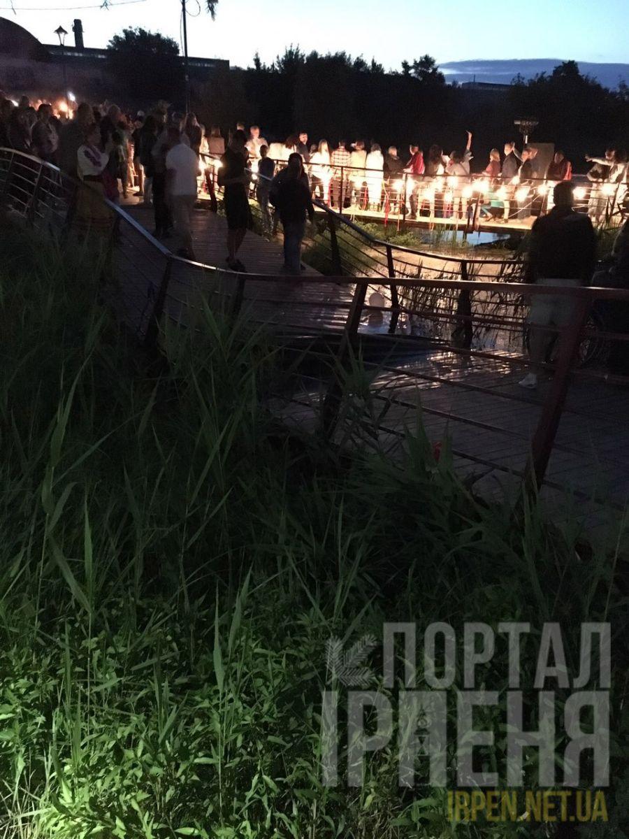 В Ирпене на новой набережной сломался мост… фото